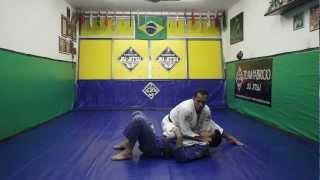 Equipe Fabrício Jiu-Jitsu: Joelho na Barriga com Estrangulamento (Baseball Choke).