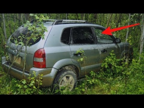 Teens find abandoned car in woods – look on the seat and realize something is very wrong