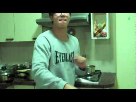Cooking SWAG noodles & T-shirt COMPETITION! - vlog #59