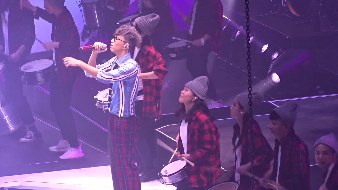 吳業坤 - 原來她不夠愛我@吳業坤《小句號》演唱會 2019 - YouTube