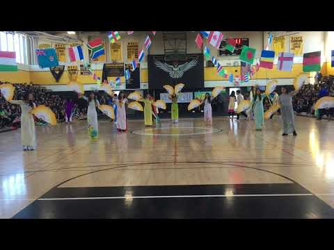 AHHS VSA multicultural rally 2018: Fans and ribbon dancing