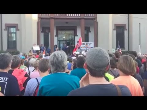 Massive Northampton rally condemns white supremacy in response to Charlottesville attack