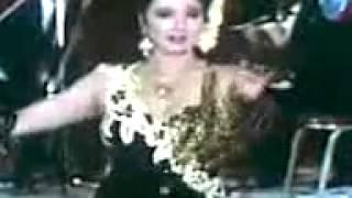 نبيلة عبيد     ترقص علي موسيقي رائعة