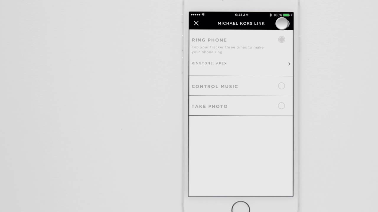Michael Kors Access Tracker | Linking With Your Phone