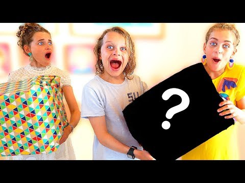 KID WHO BUYS THE BEST PRESENT WINS SURPRISE MYSTERY BOX