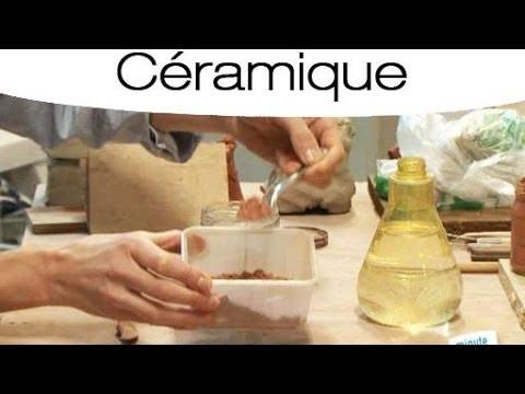 Céramique : Comment Fabriquer De La Barbotine ? - Youtube