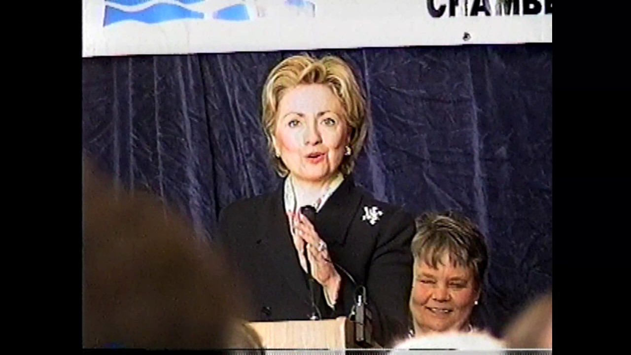 Hillary at Clinton CC  5-4-00