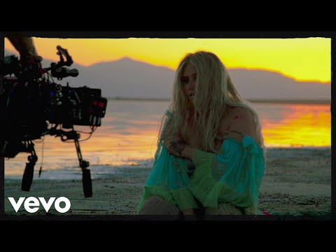 Kesha - Praying (Behind The Scenes)