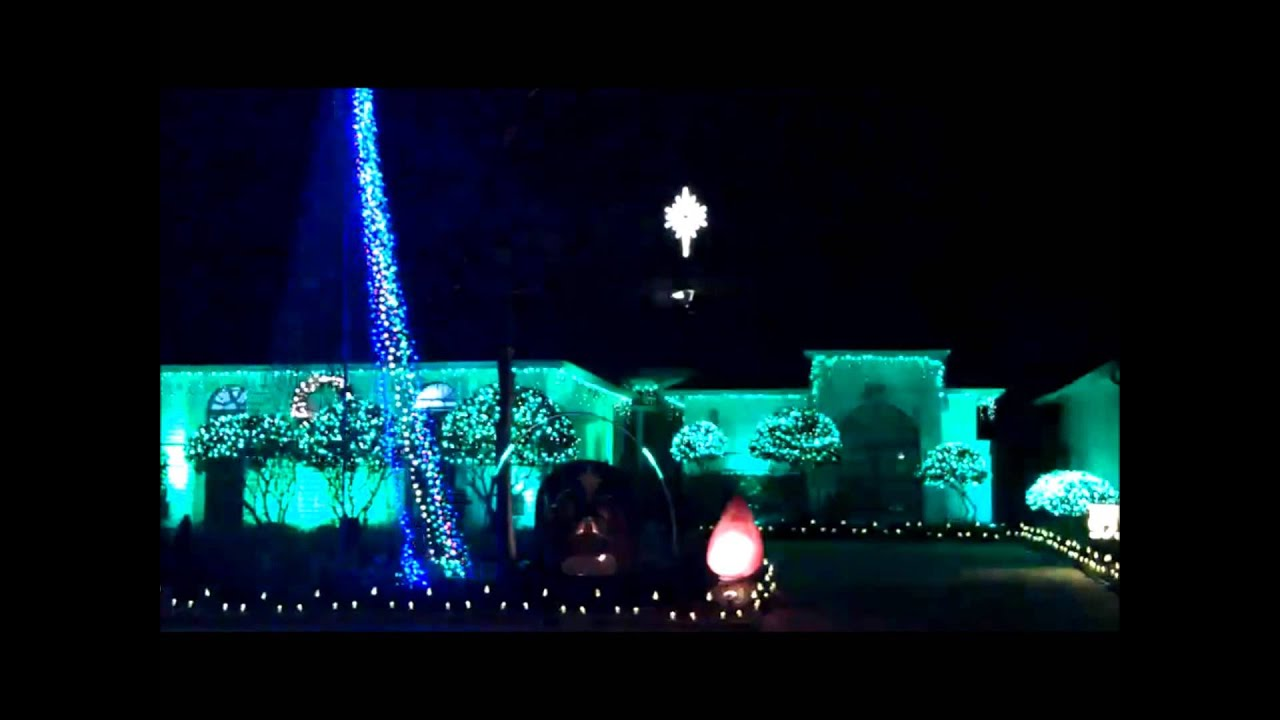 christmas lights synchronized with music in pecan grove - Christmas Lights Synchronized To Music