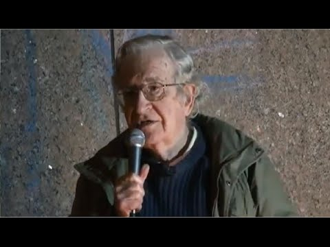 Noam Chomsky - General Strike