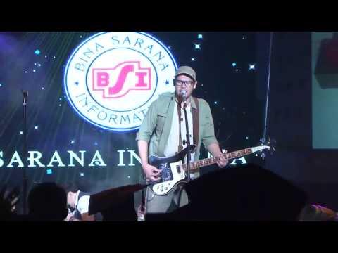 NAIF MOBIL BALAP | Lirik |full HD