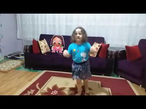 Kardeşim Dans Ediyor