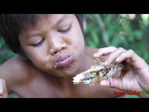 Primitive Technology - Eating delicious - Awesome cooking fish in wild
