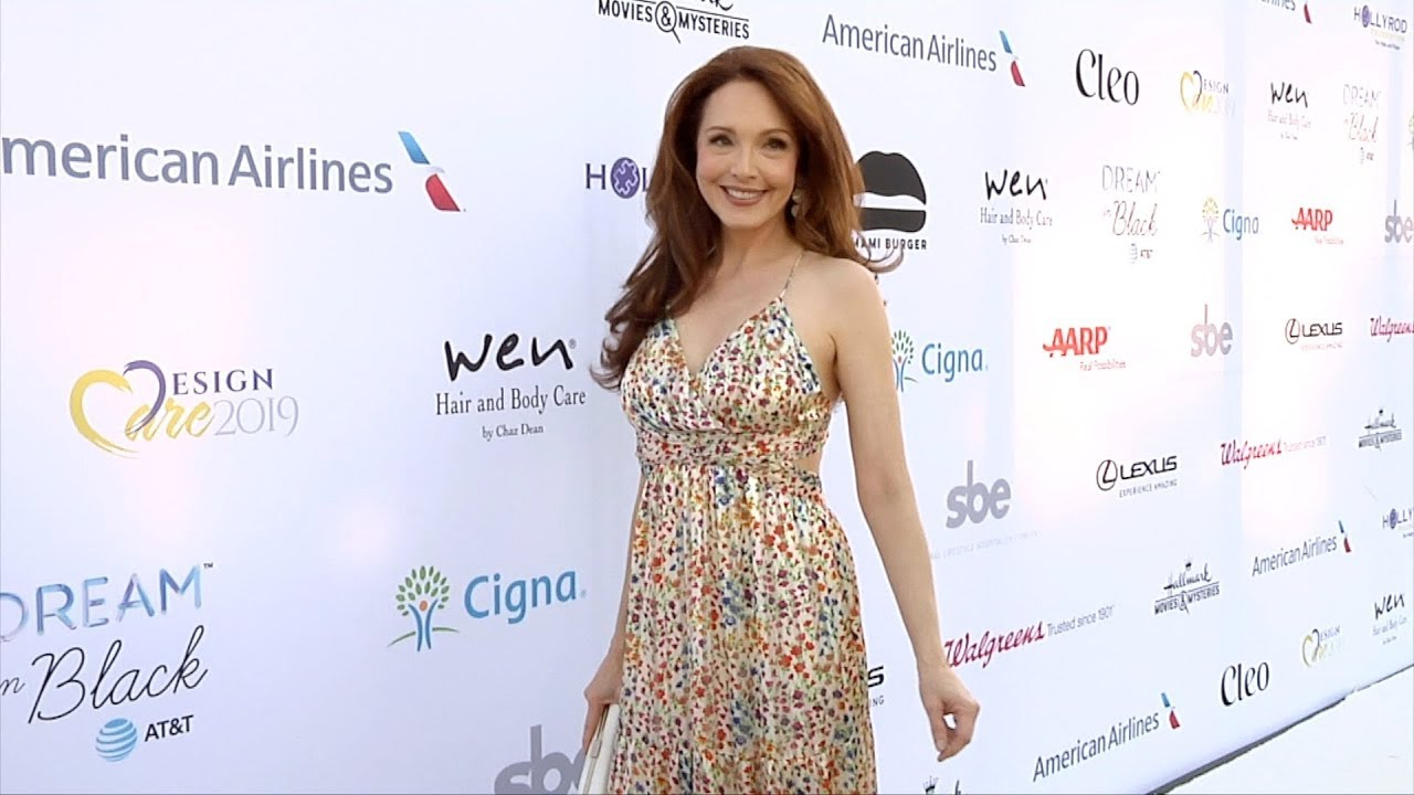 "Amy Yasbeck amy yasbeck ""hollyrod foundation's 21st annual designcare gala"" red carpet"