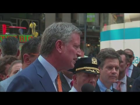 Web Extra: New York City officials news conference after Times Square crash