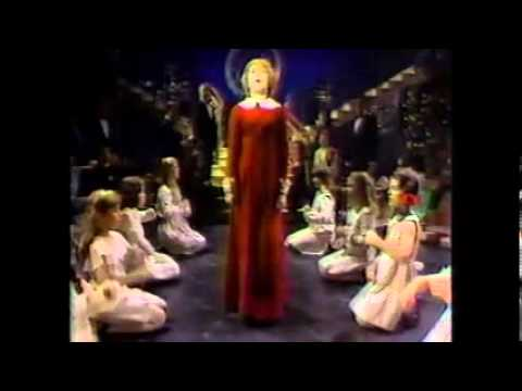 ANNIE CHRISTMAS SPECIAL - ANDREA MCARDLE - YouTube