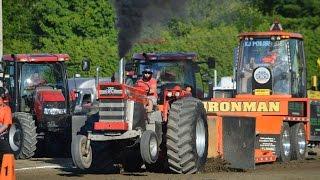 Stock Tractors pulling at St-Hyacinthe Québec Canada 2016 ( Massey Ferguson 1100 )