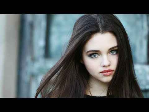 4K HDR India Eisley Dark, Beautiful, and Wicked
