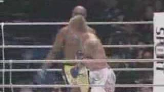 Anderson Silva caught flying scissor heel hook
