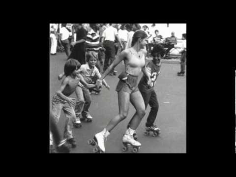 Eros roller skates