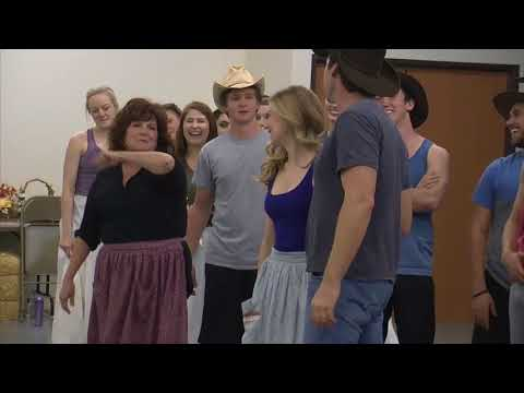 Oklahoma City's Lyric Theatre brings 'Oklahoma!' home (2015-06-19)