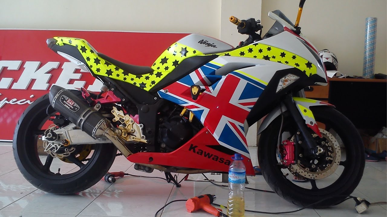 Gambar Harga Cutting Sticker Motor Sport Modif Sticker