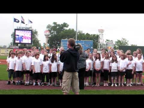 Eastern Elementary School Performing Arts Club Sings the National Anthem