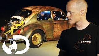 Desafío entre Escarabajo y carro de $80.000 | Carreras Prohibidas | Discovery Latinoamérica