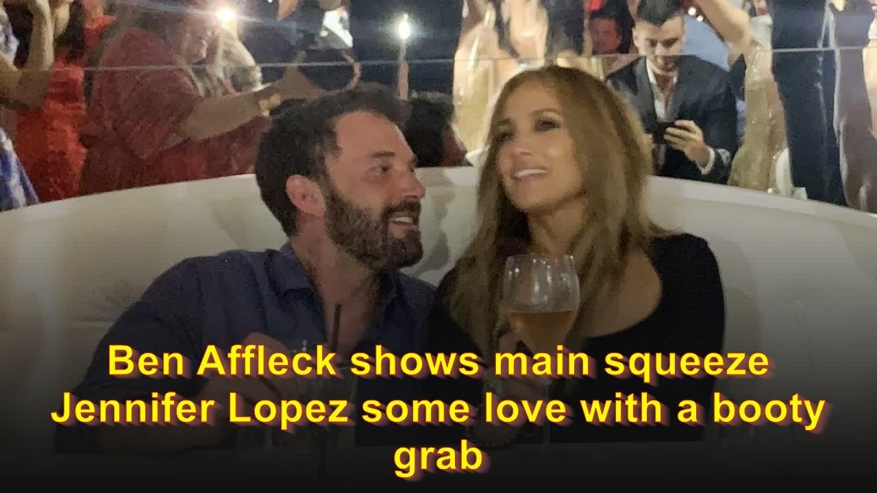 Ben Affleck shows main squeeze Jennifer Lopez some love with a ...