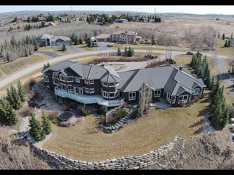 Luxury Calgary Residence with Indoor Pool - 67 Artist View Point