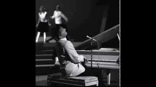 Watch Jerry Lee Lewis Roll Over Beethoven video