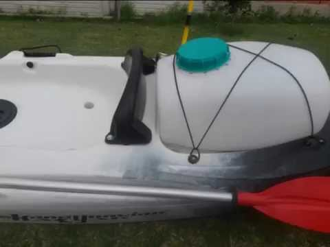 Kayak brico tambucho casero caja de pesca youtube for Sillas para kayak