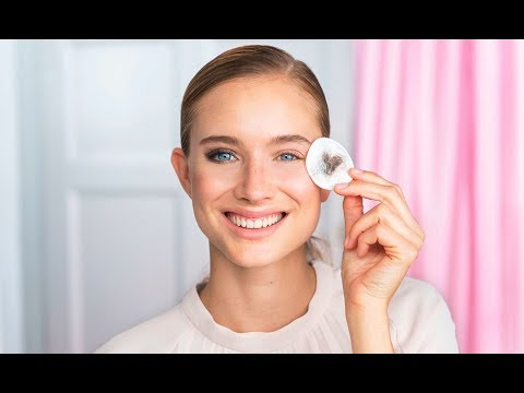 Skin Care for the Delicate Eye Area | Oriflame Cosmetics