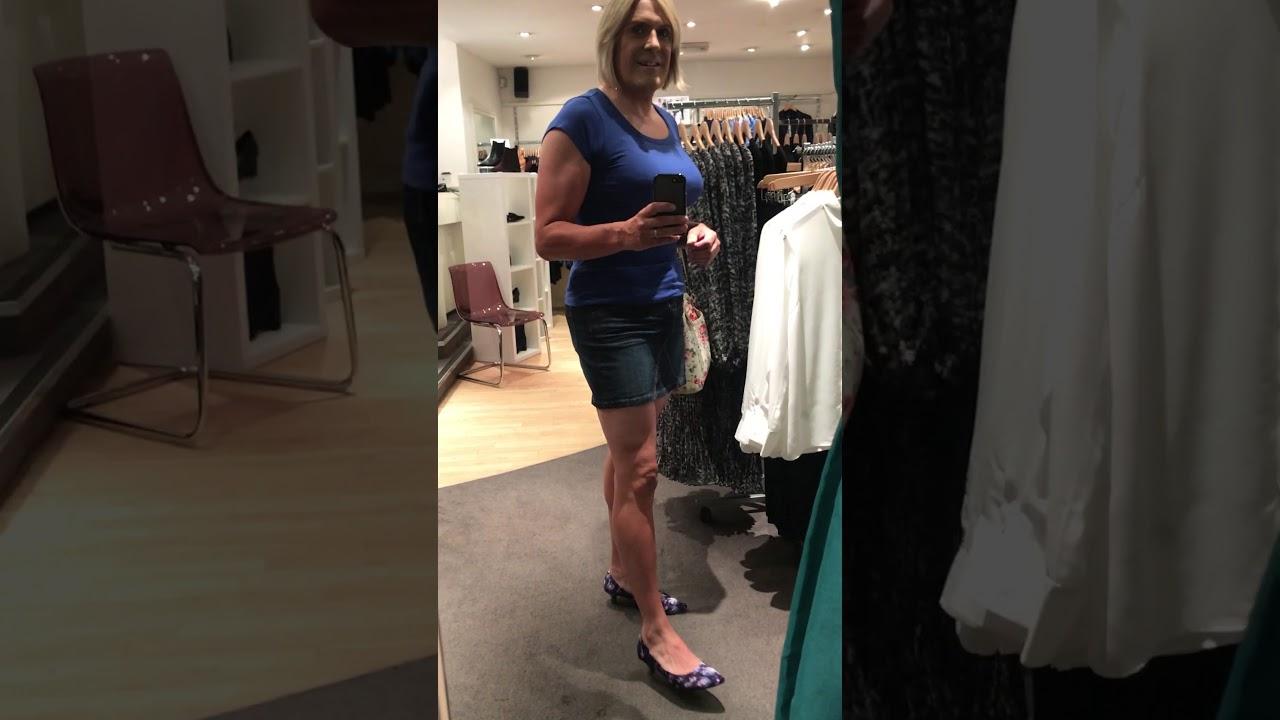 Transvestite Shoe Shop - Xxx Sex Images-8968