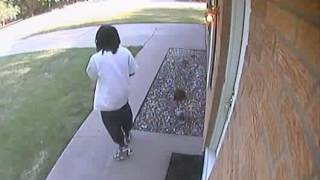 Home Invasion | 3 Men Breaking Into House Caught On Security camera.