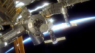 地球はやはり青かった。宇宙空間で「GoPro」を付けたらこうなる