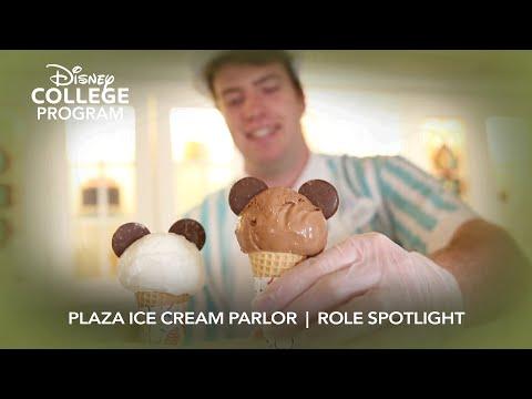 Quick-Service Food and Beverage – Plaza Ice Cream Parlor | Disney College Program Role