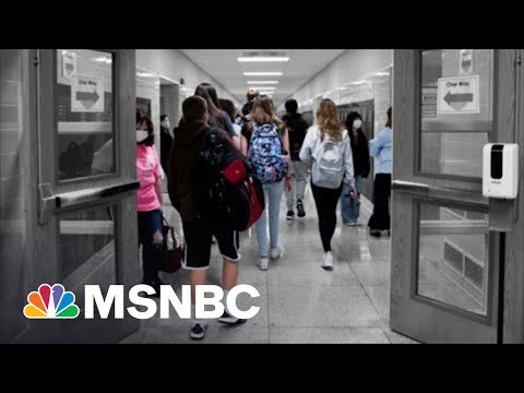 More Local Officials Defy GOP-Led School Mask Mandate Bans