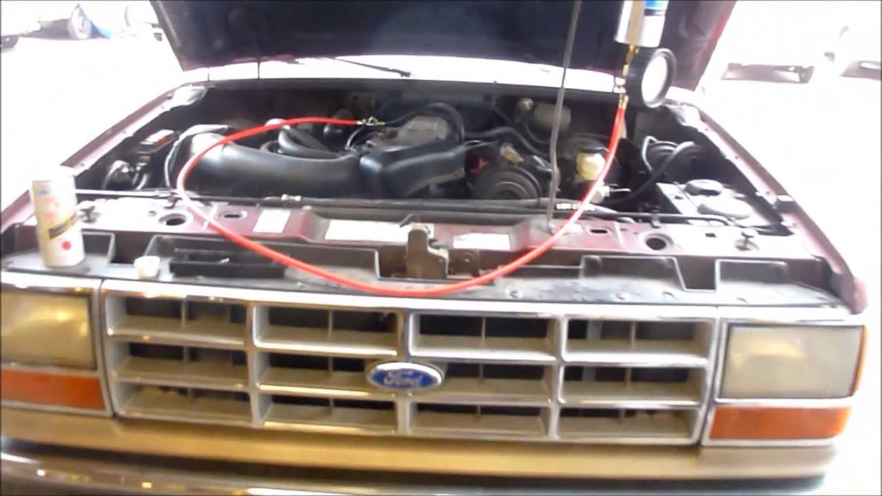uncloging severly plugged injectors on a 300k mile ford bronco ii [ 1280 x 720 Pixel ]
