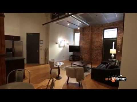 Nashville Vacation Rental - Music City Loft - Writers Round