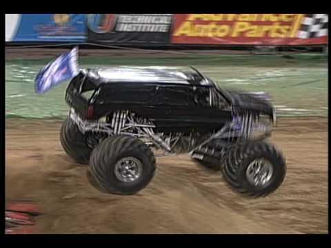 Monster Truck Rc Cars >> Monster Jam: Escalade Monster Truck Freestyle Jacksonville ...