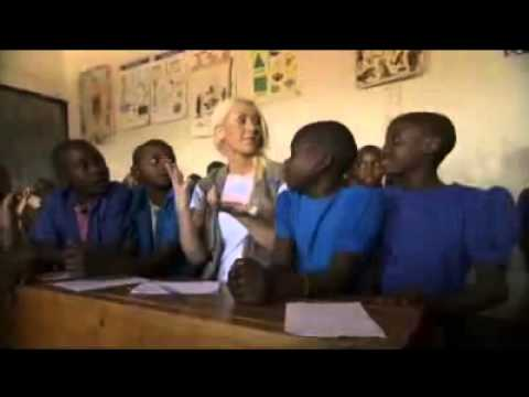 Christina Aguilera - World Hunger Relief Rwanda WFP - PSA 2013 (Extended)