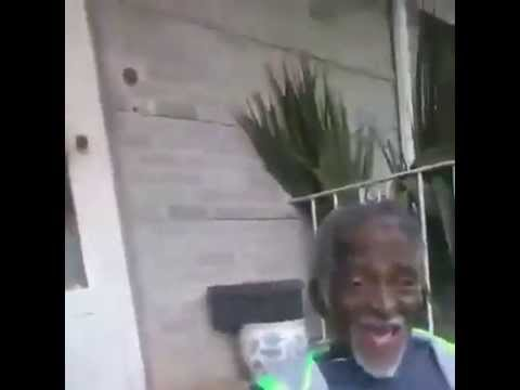 Funny Old Man Singing Vine