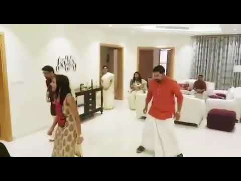 Vaanam thilathilakkanu dance with family and friends