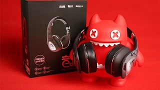 ZOMBIES CAT BLUETOOTH HEADPHONES   ( spoiler they're awesome )