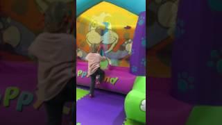 Мирослава в новом парке развлечений в Арене