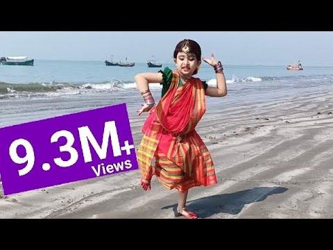 মনে করি আসাম যাবো | Mone Kori Assam Jabo Dance by Peusha | Bangla Folk Song Dance | Peusha's Ga