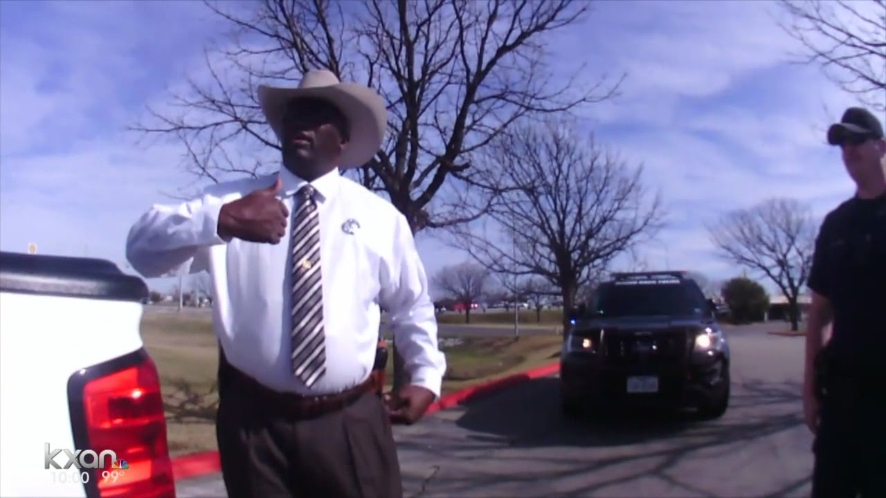 texas ranger pulls gun on driver who flipped him off