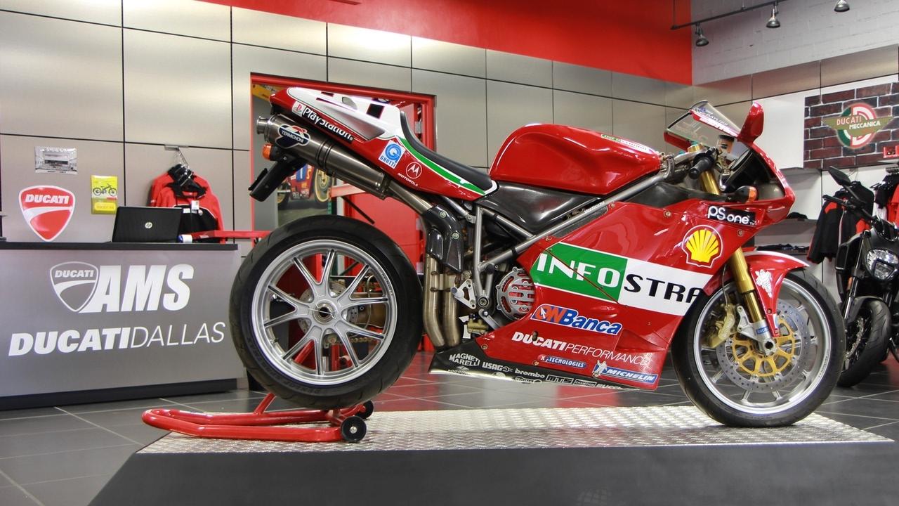 Ducati R Troy Bayliss