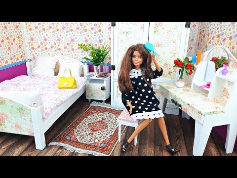 New bedroom for dolls, Barbie doll New Dresses - Play dolls
